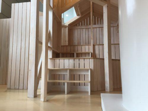 木製遊具階段